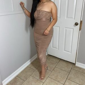 Classy dress!